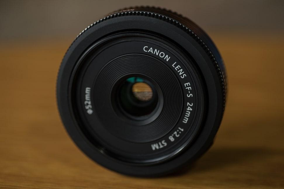 canon-24mm-pancake-design-front.jpg