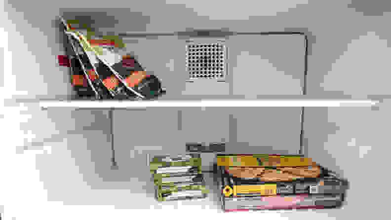 GE GTS22KGNRBB top-freezer refrigerator — freezer