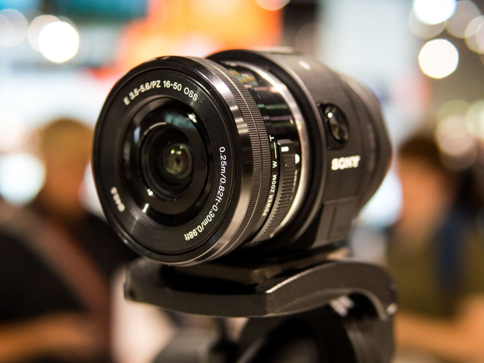 Sony Cyber-shot QX1 – With 16-50mm Power Zoom