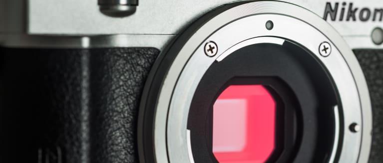 Nikon 1 j5 review design hero 1