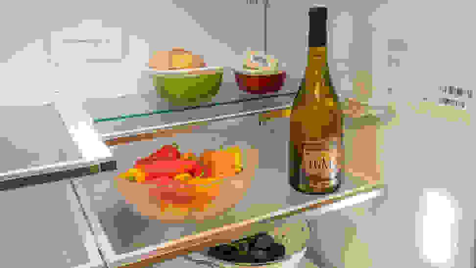 Frigidaire Gallery FG4H2272UF Adjustable Shelves