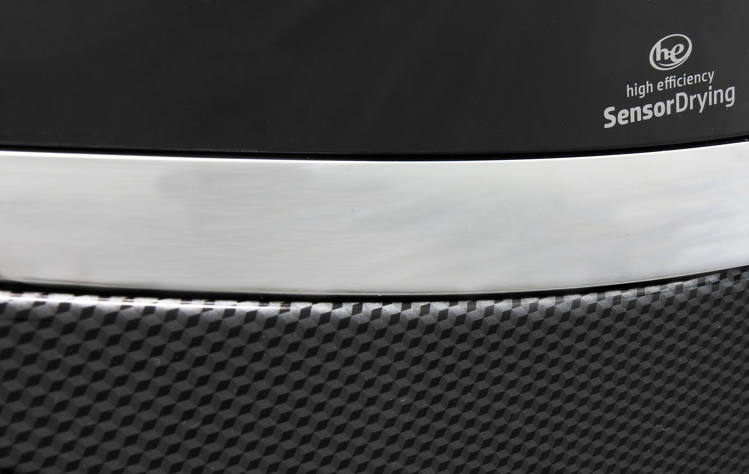 The Whirlpool Duet WED97HEDBD's special black diamond finish was created based on a consumer vote at CES 2014.