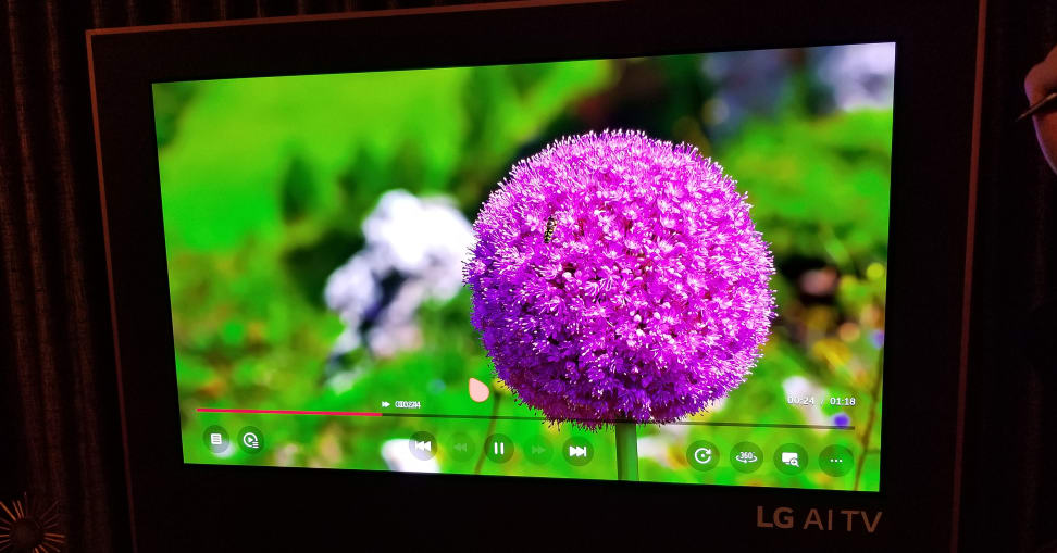 LG-w8-picture-quality-2