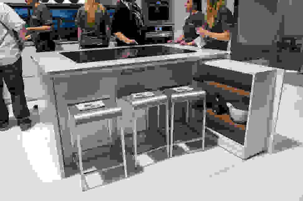 vatech-social-table.jpg