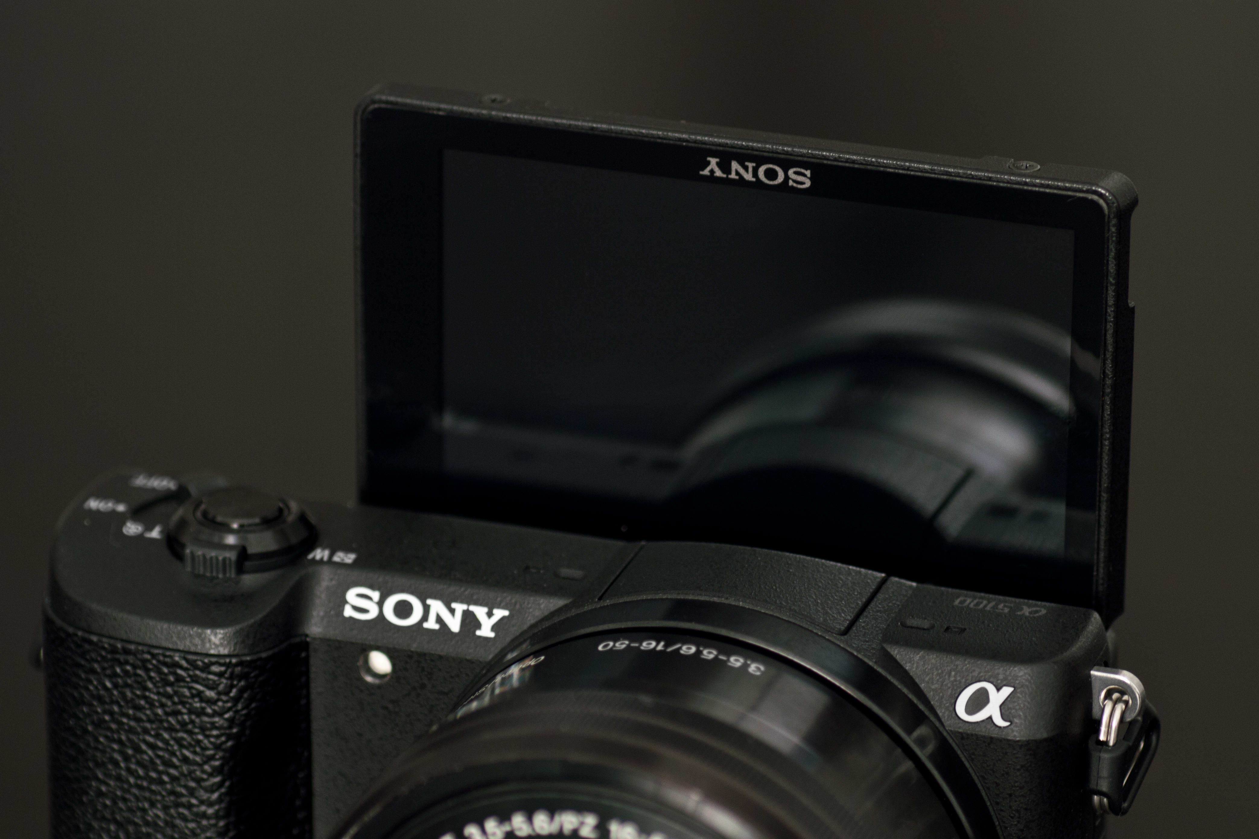 A shot of the A5100 selfie-screen.