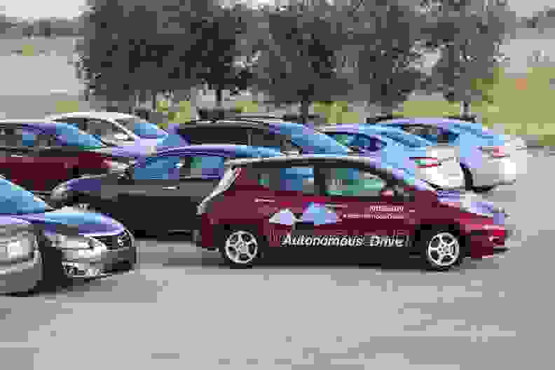 Nissan_Autonomous_Vehicle_02.jpg
