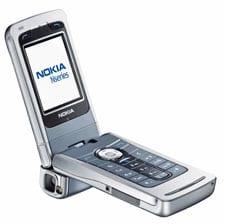 NokiaN90-LwithLens.jpg