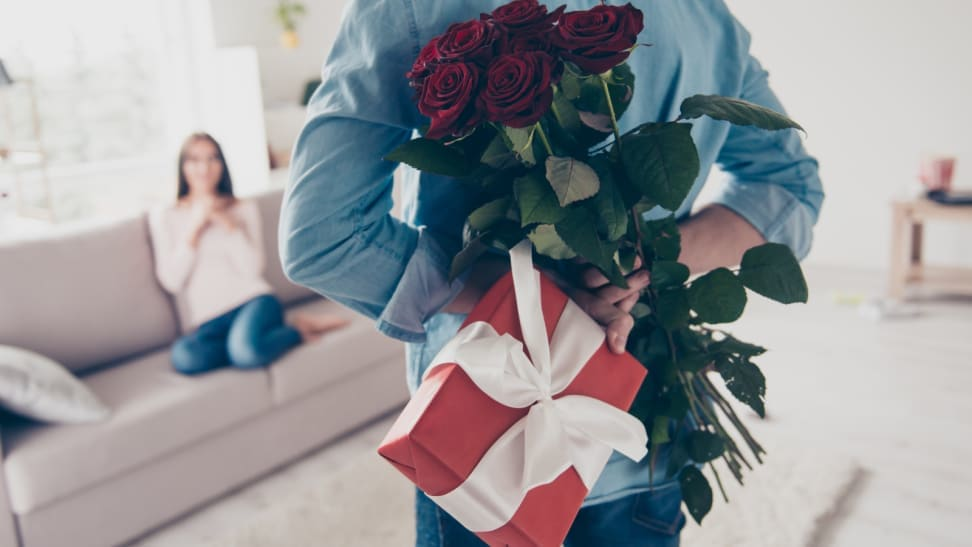 10 gifts you should never give for Valentine's Day