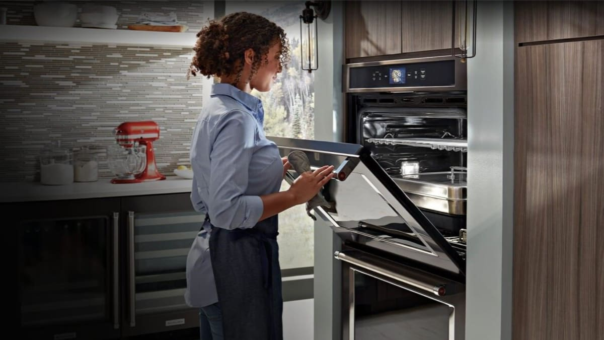 KitchenAid just released its first smart oven—but is it worth it?