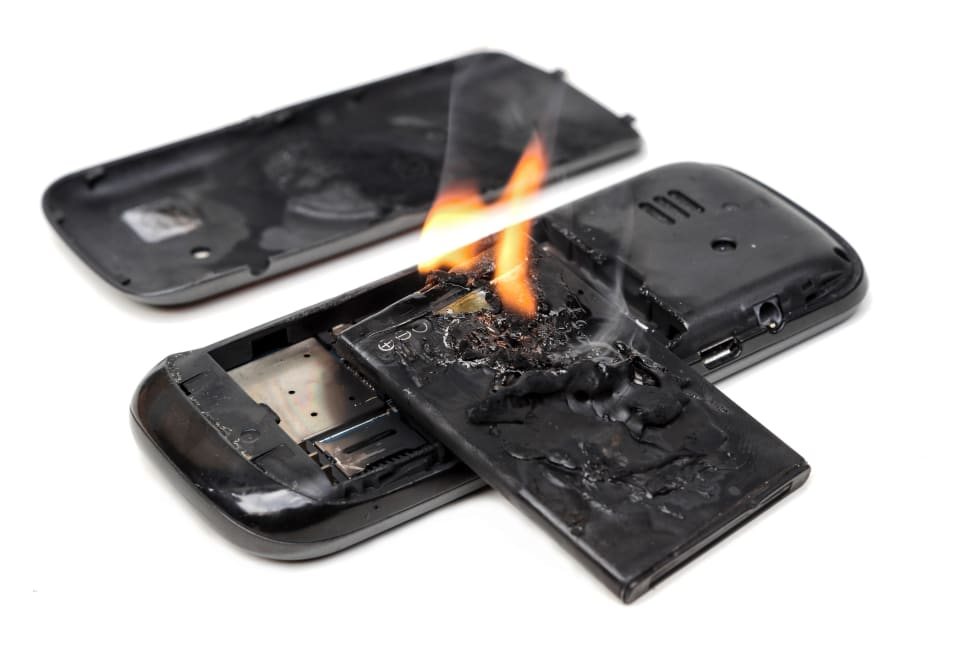Rechargeable batteries don't randomly catch on fire out of nowhere, and we should react appropriately.