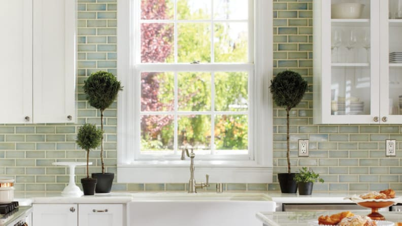 Subway-tile-backsplash-to-ceiling