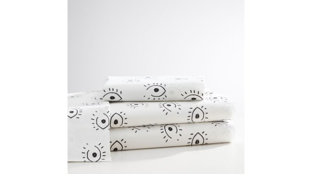Isabella Rose Taylor All Eyes Sheet Set