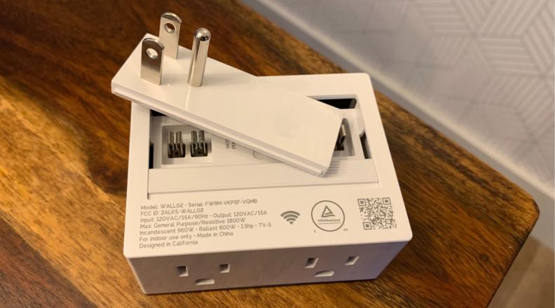 Currant Plug switch flip