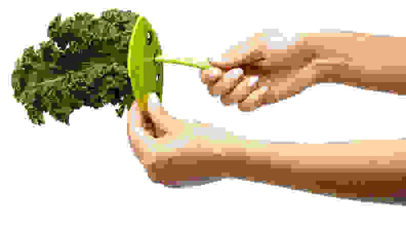 Chef'n LooseLeaf Kale, Chard, Collard Greens and Herb Stripper