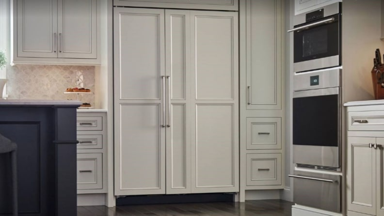 Sub-Zero_refrigerator_panels
