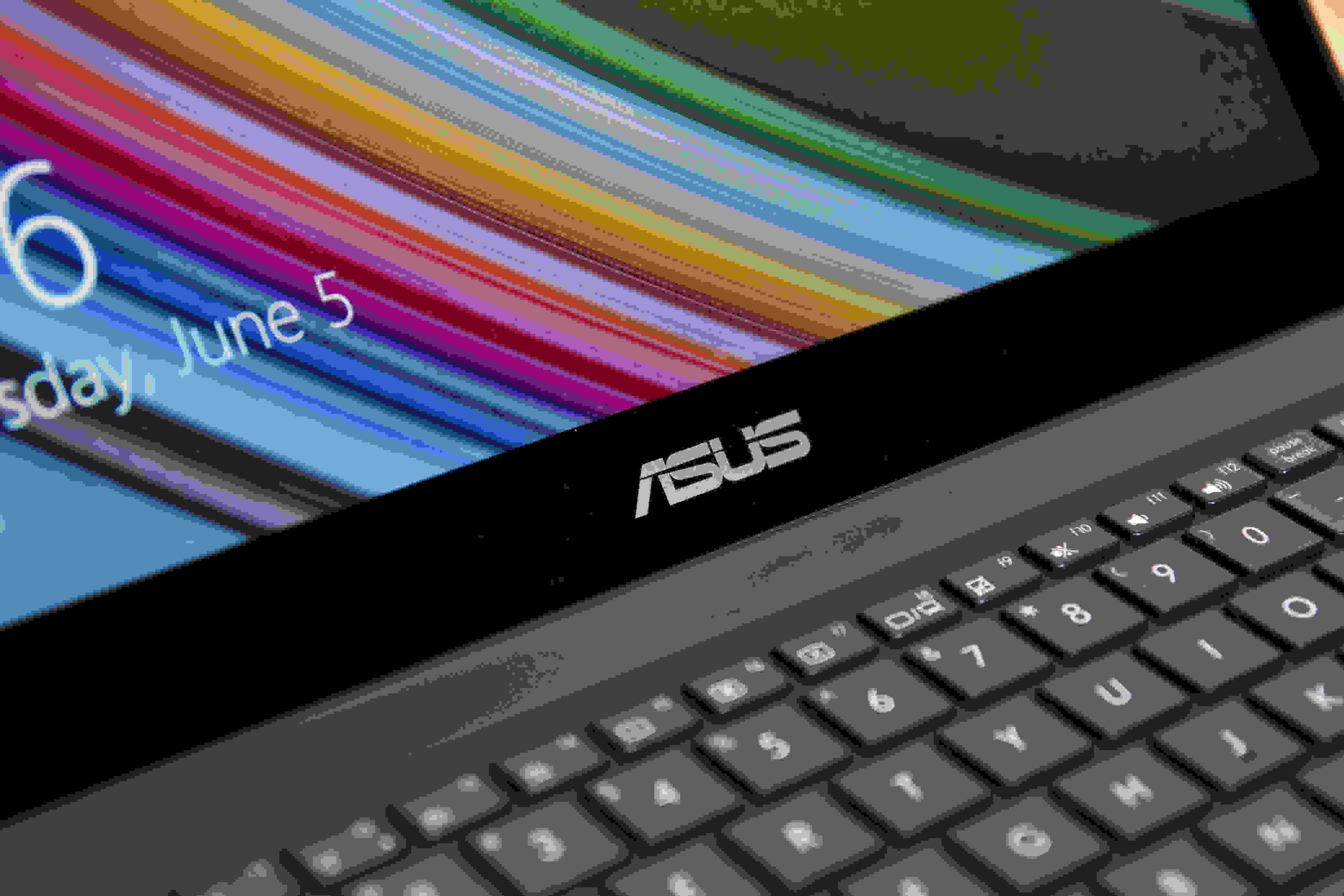 A close-up picture of the Asus UX301LA.