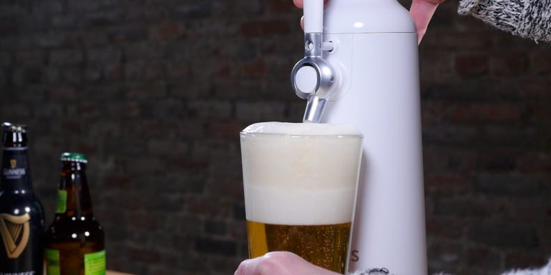 Fizzics Waytap Foam Close-Up
