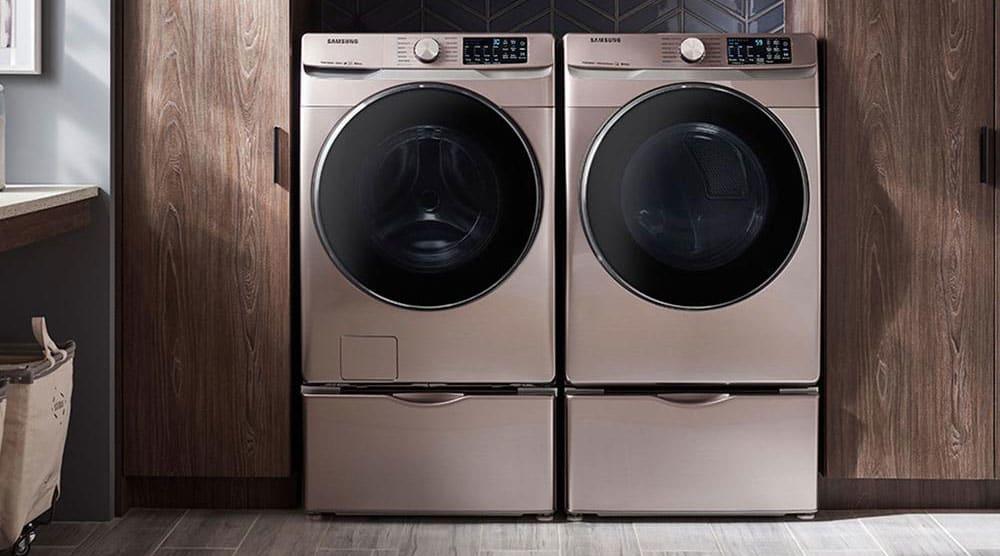 A Samsung DVE45R6100C dryer
