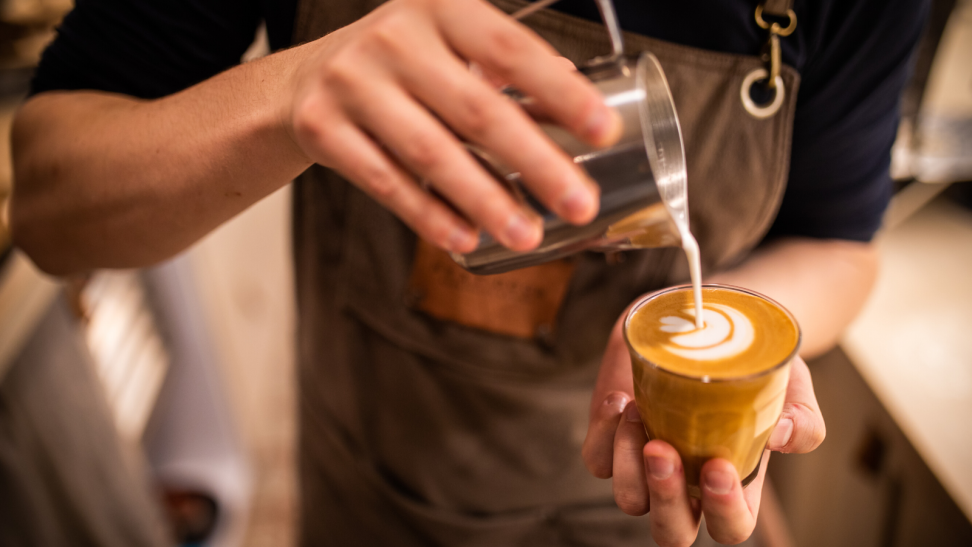 How to create the best milk foam—and make latte art