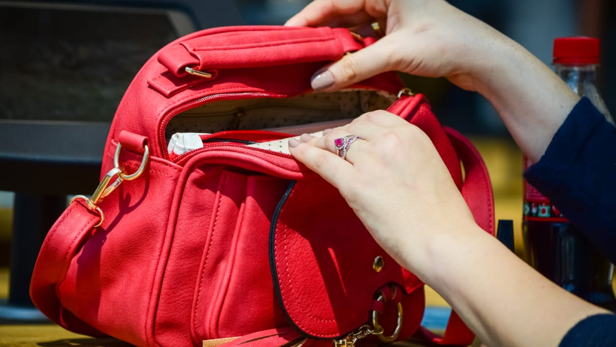 This is the dirtiest thing in your purse—here's how to clean it