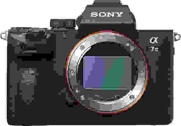 Product Image - Sony Alpha a7 III