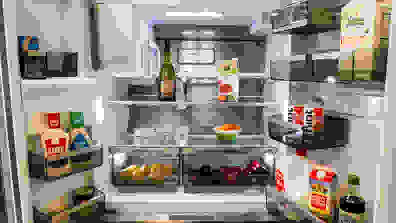 Frigidaire Pro PRMC2285AF Counter-depth French-door Refrigerator Review — Interior