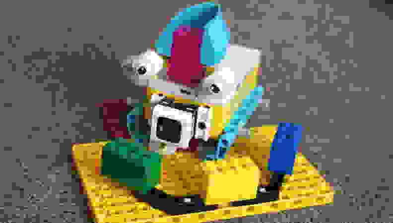 LEGO_spike_kiki_robot