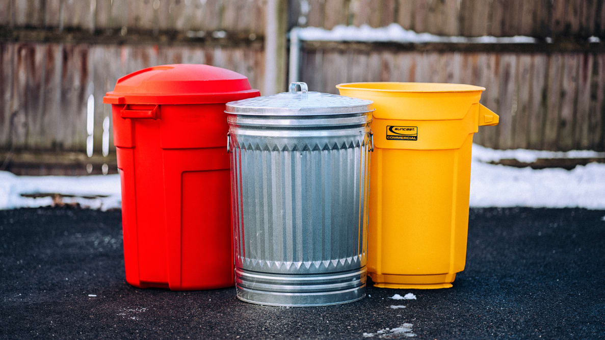 The Best Outdoor Trash Cans of 2021 - Reviewed Home & Garden