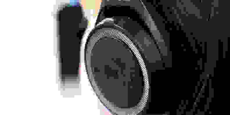 Plantronics Backbeat Sense Close-up