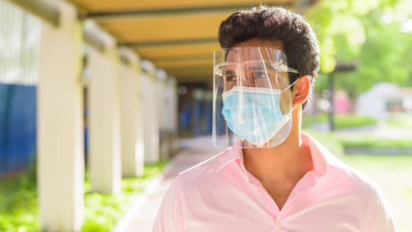 Where to buy face shields online during COVID-19—and what to know before you get one