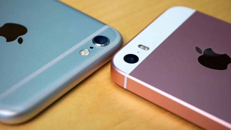 Apple iPhone SE and iPhone 6s Comparison