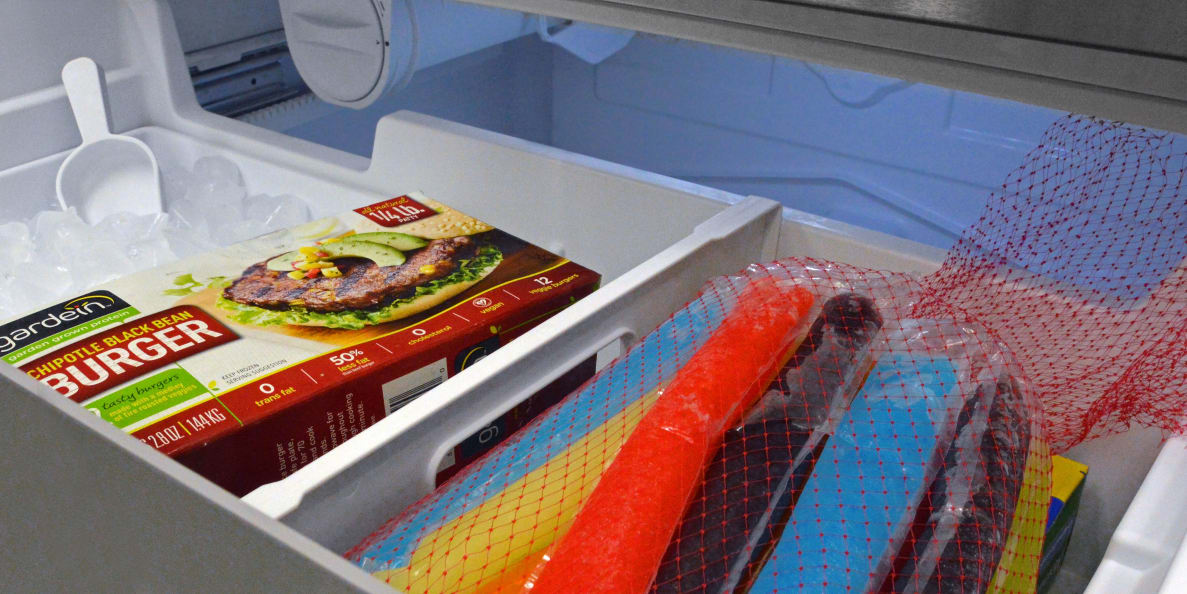 Bosch B21CL81SNS B21CL80SNS Counter Depth Refrigerator Review