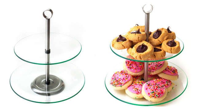 2-Tier Round Glass Buffet and Dessert Stand