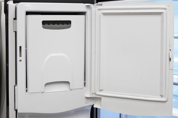 The GE Profile PFE28RSHSS's in-door icemaker takes up minimal space and feeds the through-the-door dispenser.