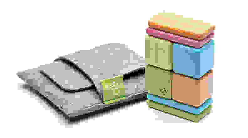8-Piece Tegu Pocket Pouch Magnetic Wooden Block Set