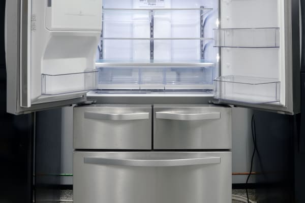 Inside and out, the WRV986FDEM is the pinnacle of Whirlpool's stylistic efforts.