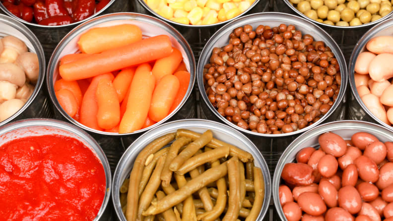 Don't-freeze-canned-goods-in-cans