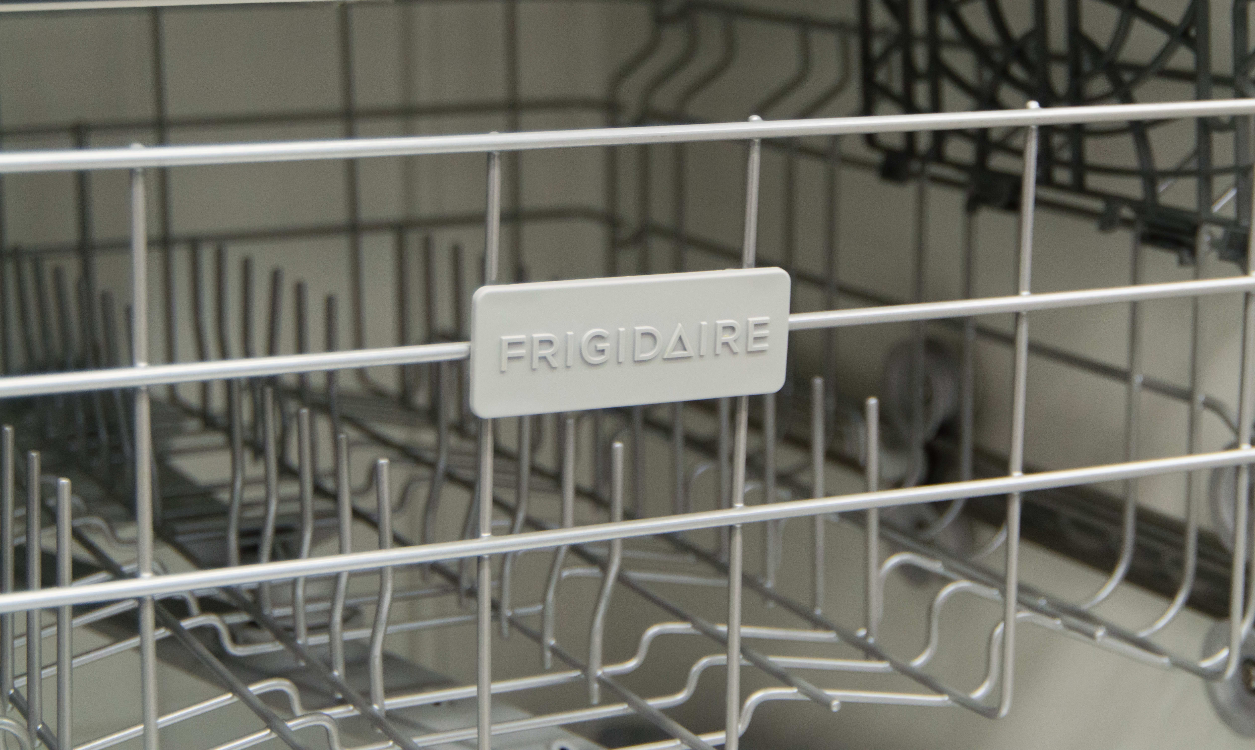 Here's what the Frigidaire logo is supposed to look like.