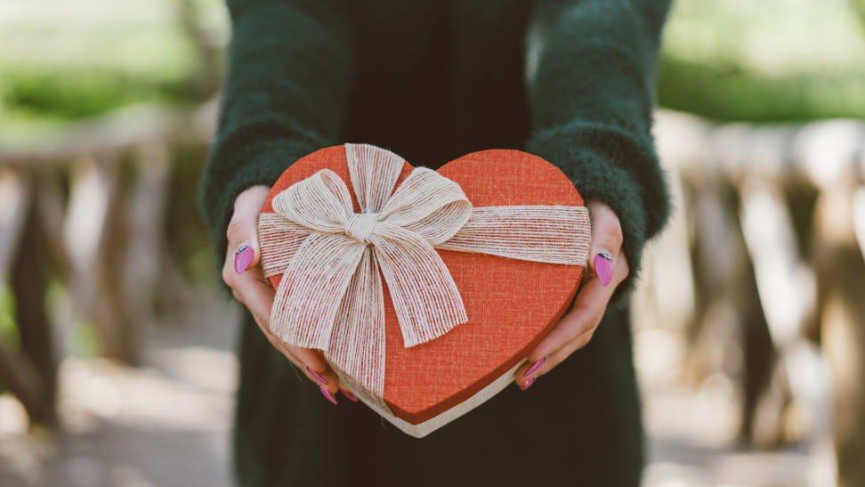 10 amazing last-minute Valentine's deals that will arrive on time