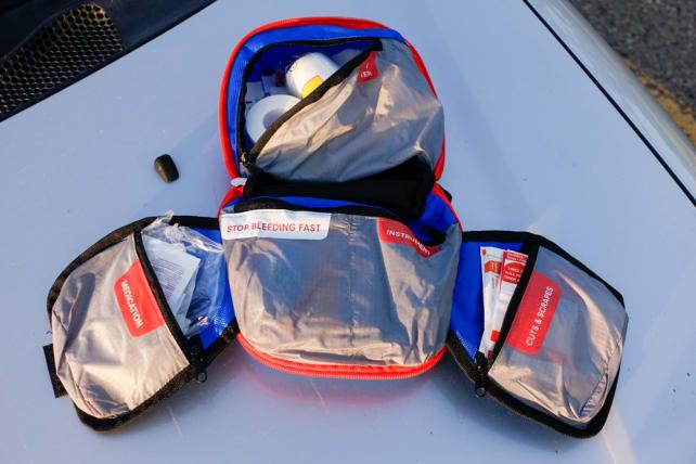Adventure Medical Kits Mountain Backpacker Kit
