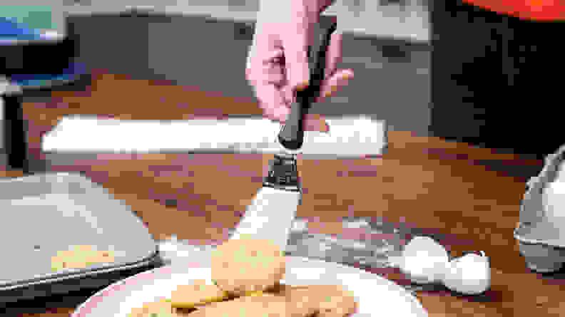 Holiday Baking Tools: Spatula 1