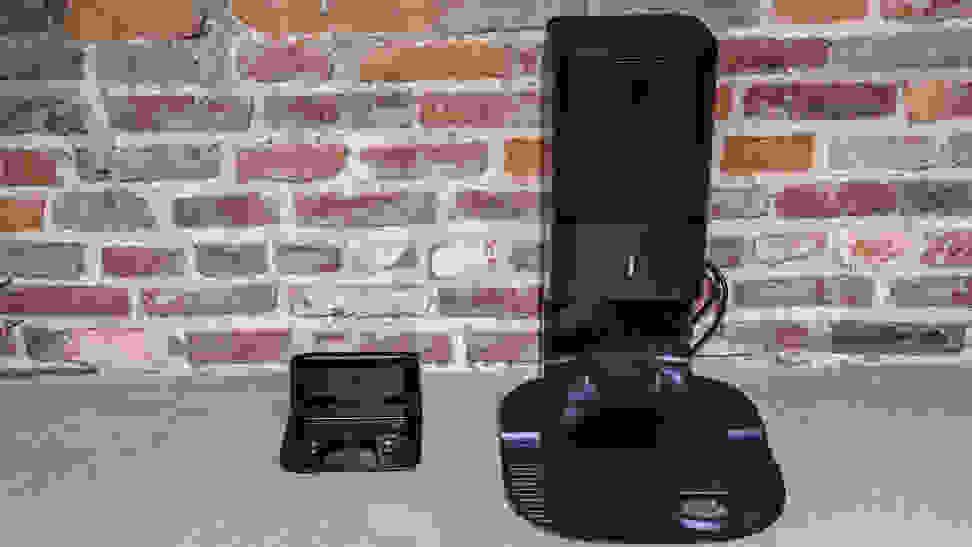 iRobot Roomba i7+ dock comparison