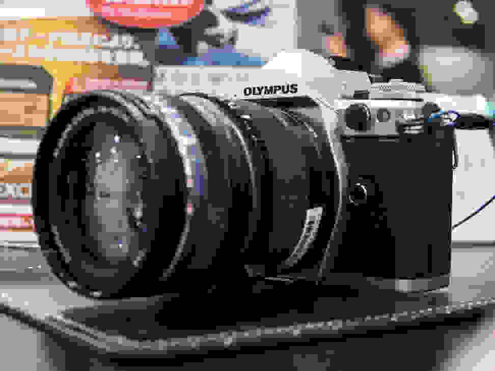 Olympus OM-D E-M5 –In Profile
