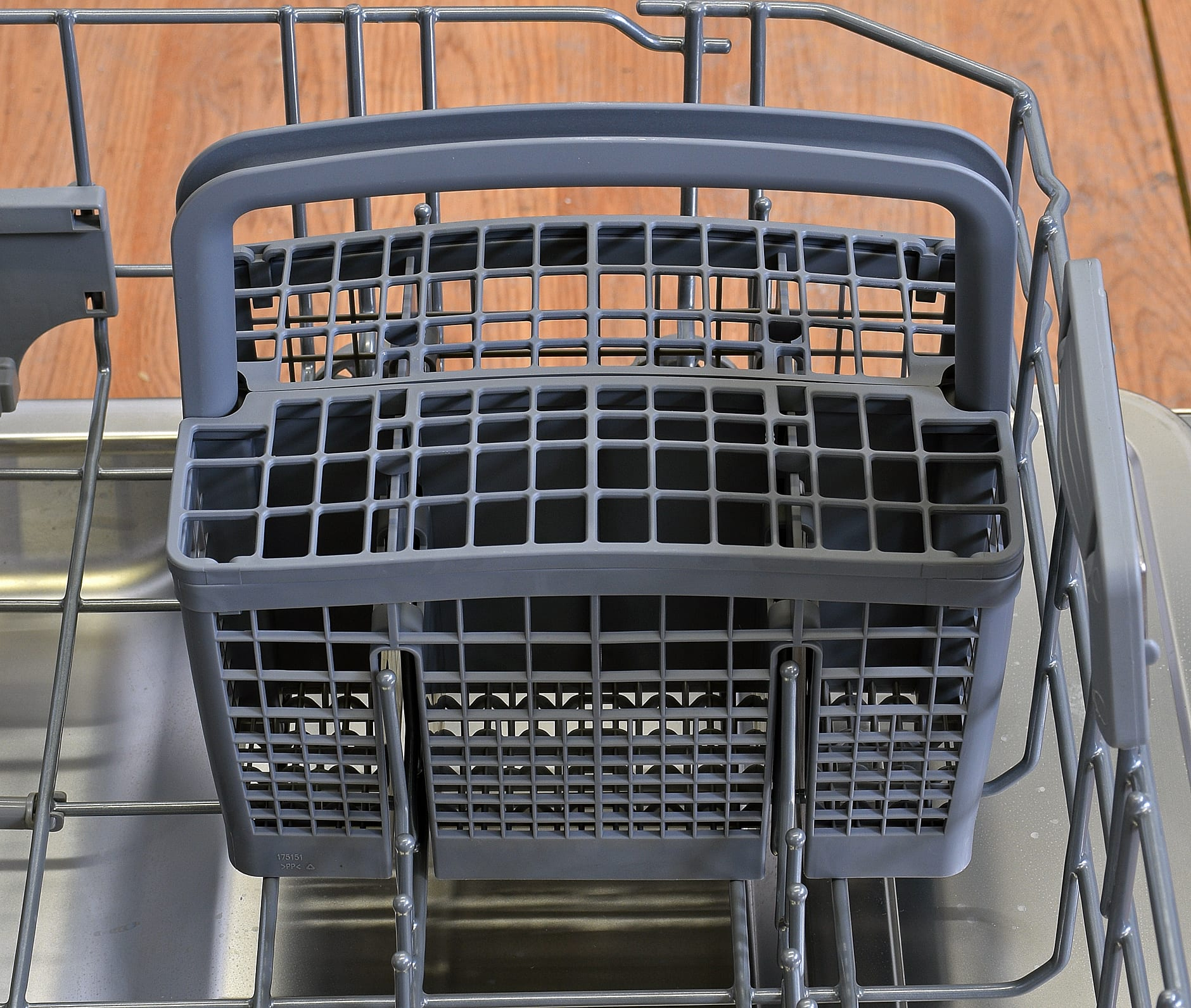 Blomberg DWT57500SS cutlery basket