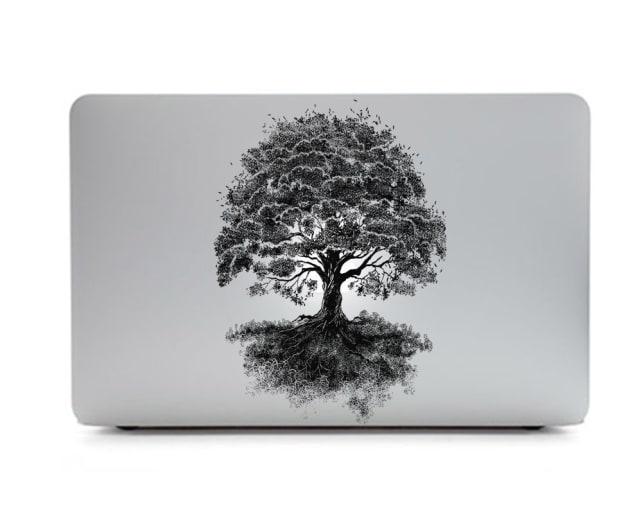 Apple Logo Backlit Tree
