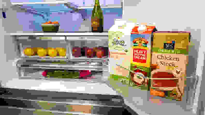 Hisense HRF266N6CSE French-door Refrigerator Review — Door bins