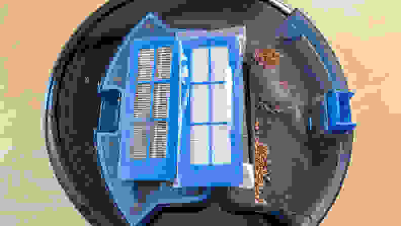 Replace the robot vacuum filter