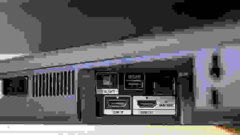 Sony HT-G700 ports