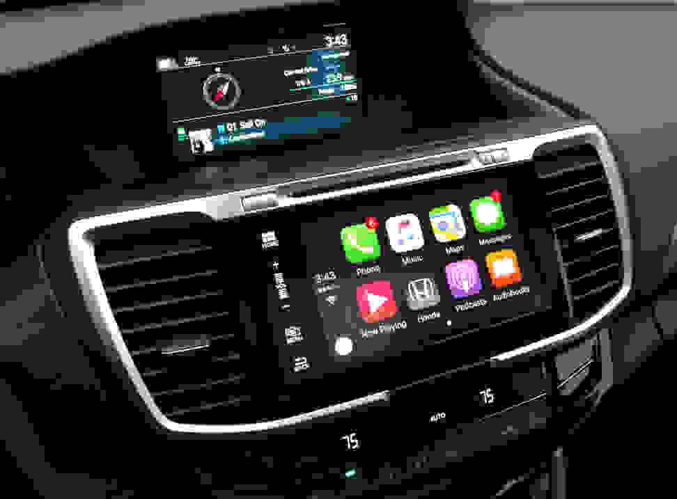 2016 Honda Accord Apple CarPlay Screen