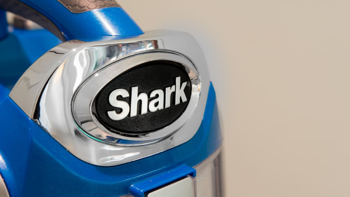 The Shark Rotator Powered Lift-Away Speed is a canister and upright combined.